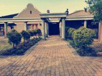 Kromdraai Guesthouse